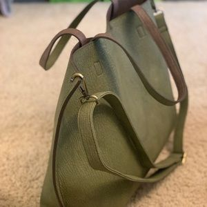 Free People reversible leather tote w accessories